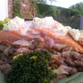 20 minute salmon and lentils